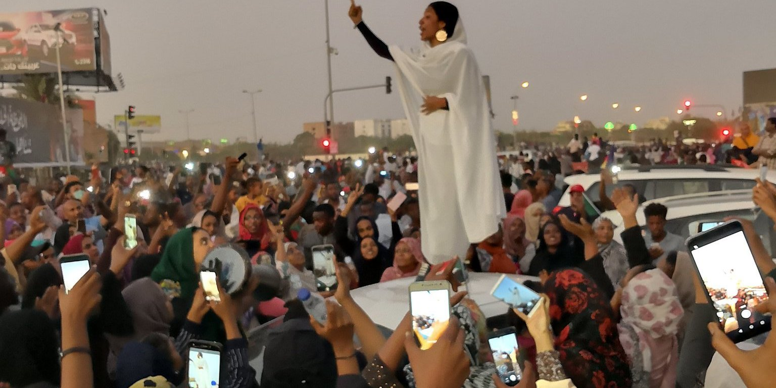 Iconic Sudanese woman image